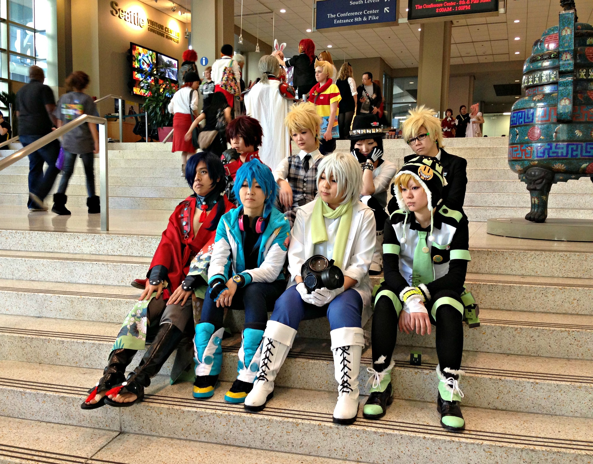 Cosplayers Practicing Their Poses At Sakura Con